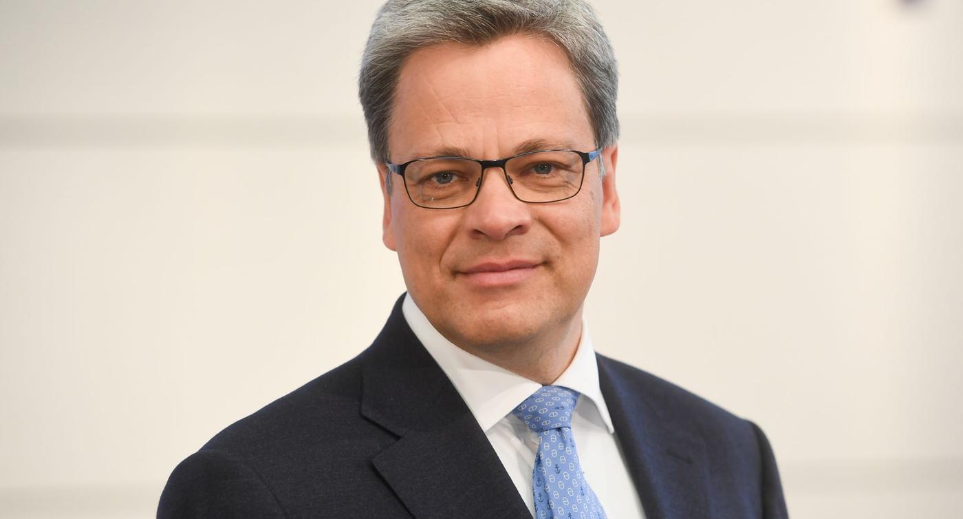 Commerzbank holt Deutsche-Bank-Manager Knof als neuen Chef